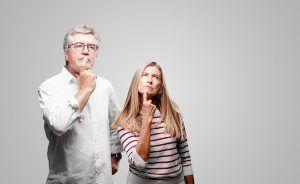 Couple senior emprunte à 60 ans