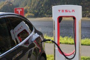Rouler propre : véhicule électrique ou hybride