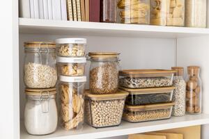 Utilisez vos propres récipients pour diminuer la production de déchets en cuisine.