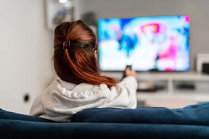 Réduisez votre empreinte carbone en regardant des séries ou des films